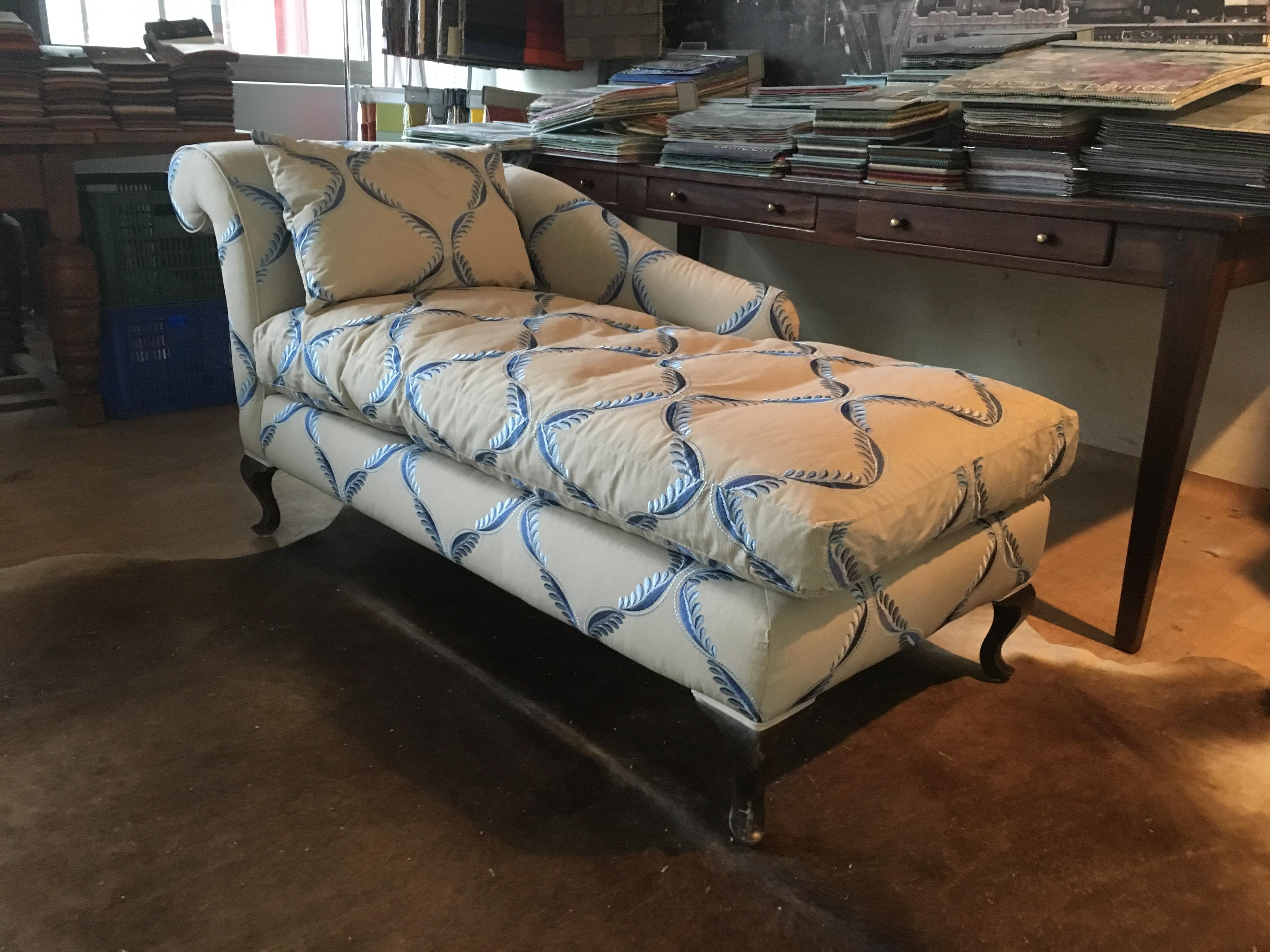 Bank gestoffeerd meubelstoffeerderij kops
