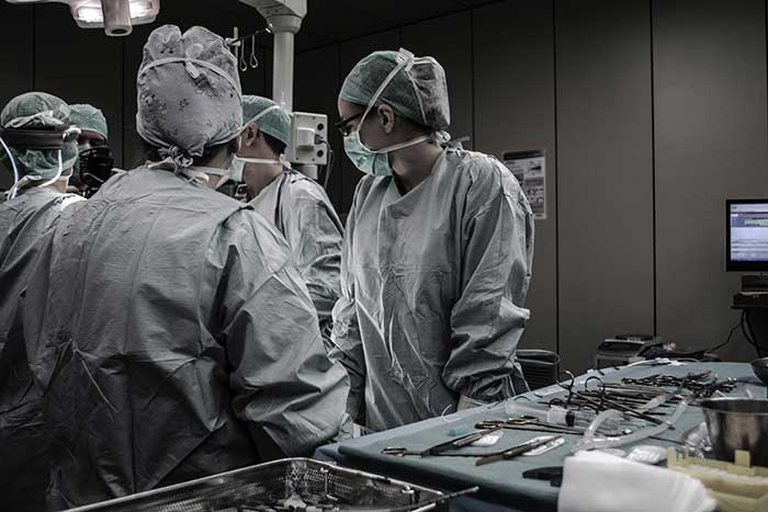 operating on person with liver disease