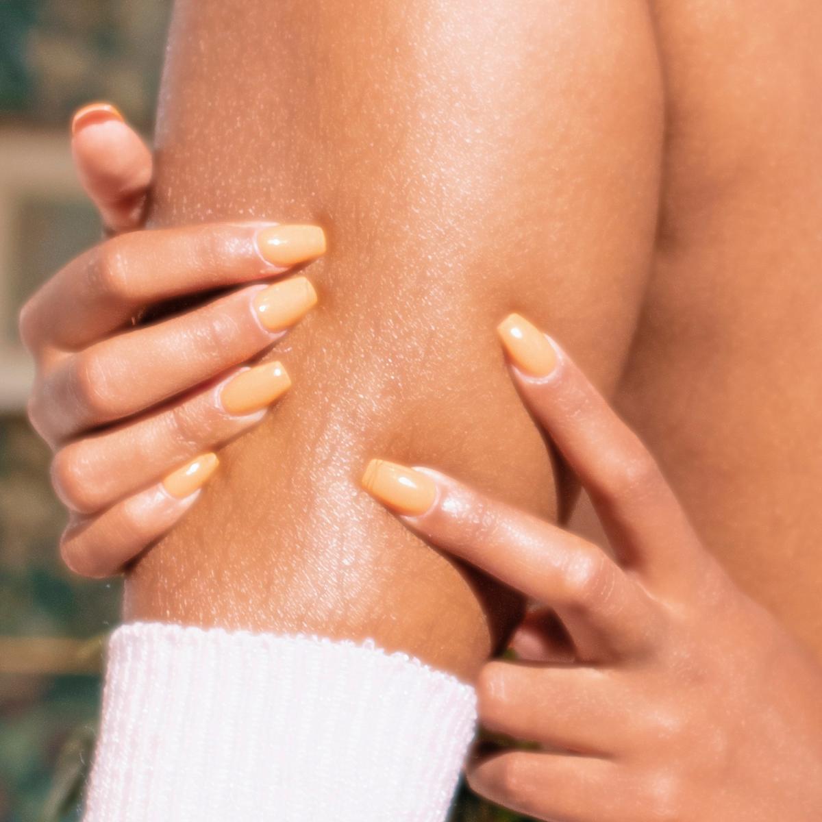 women's leg showing leg hair