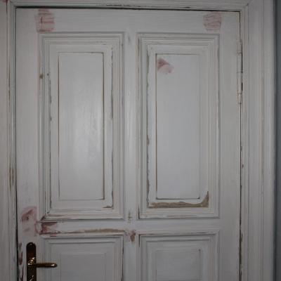 Holztür vor Renovierung