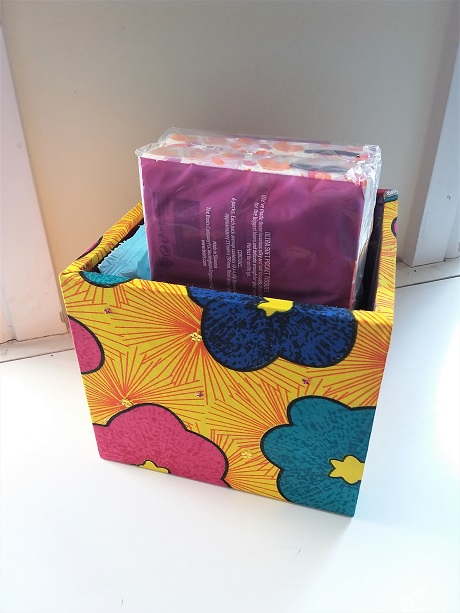 Storage / Organising Box - fabric big flowers