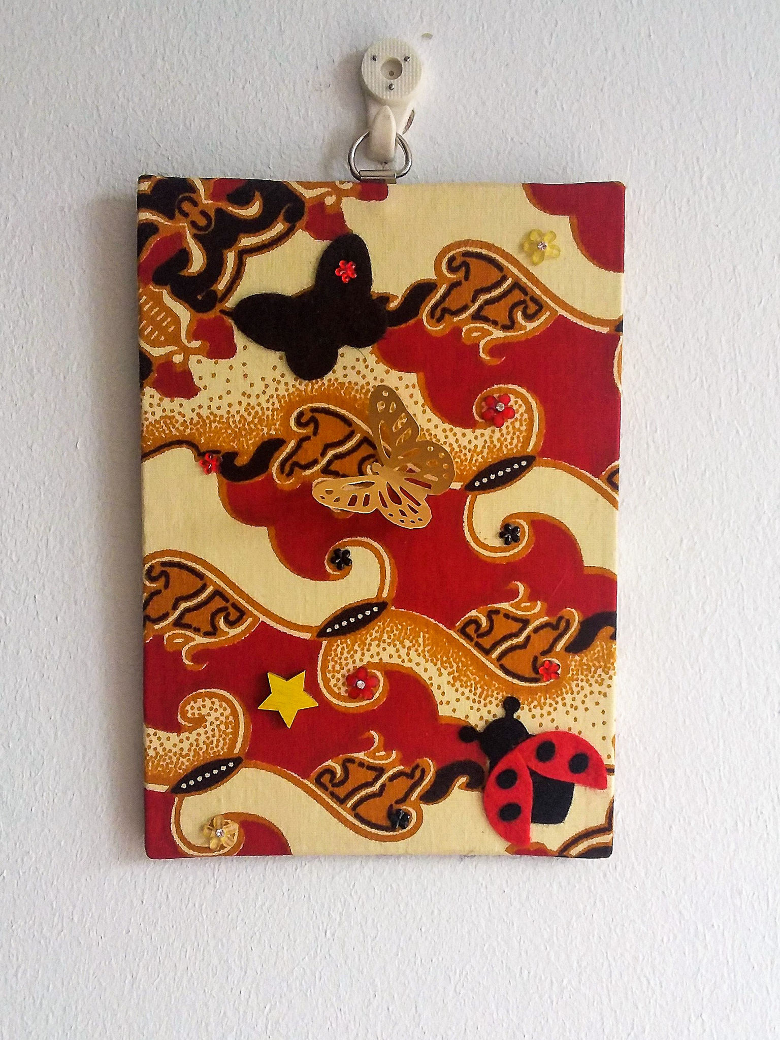 Wall-art Fabric decorated – Small gold and butterflies