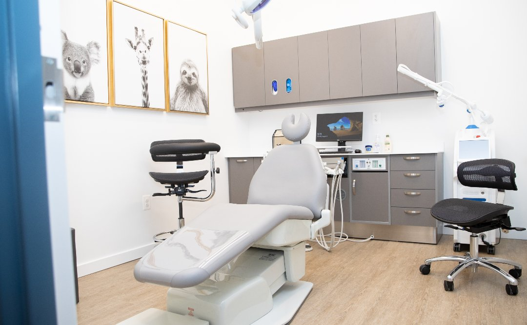 Examination room at Kingstown Dental Specialists
