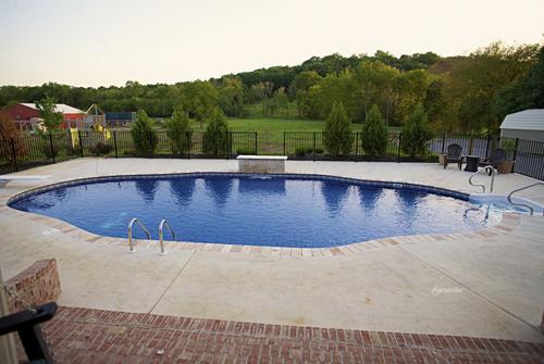 Roy Vaden Pools - Custom Inground Pool