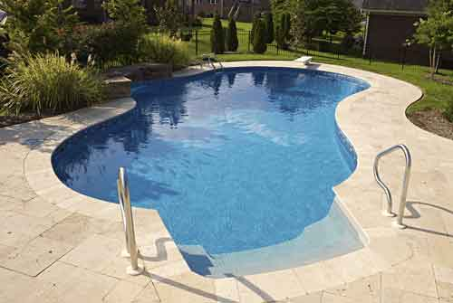 Roy Vaden Pools - Custom Design Pool