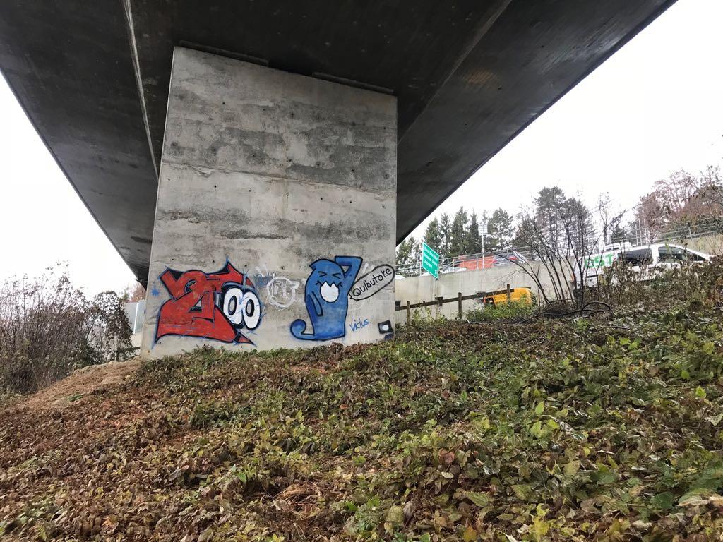 Hydrogommage sur béton : Suppression de Graffiti