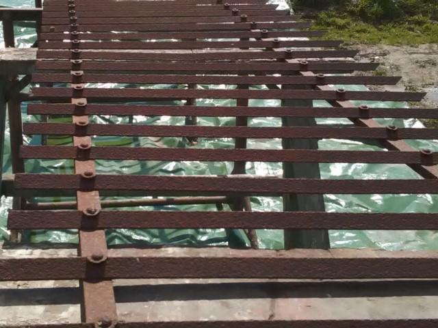 Décapage barrière en ferrail