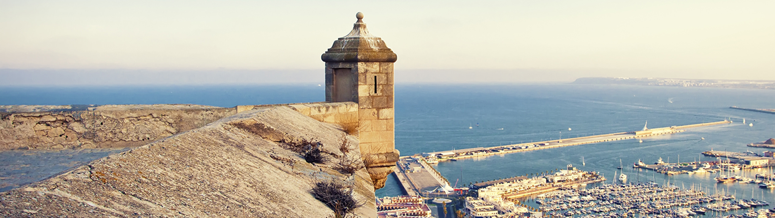 Book a flight from Frankfurt to Alicante from 99 € & fly safely - Lufthansa