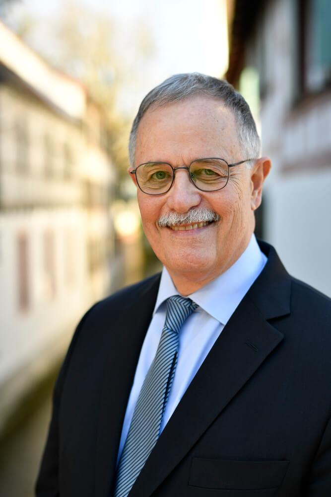 Dr. Hubertus Ludwig