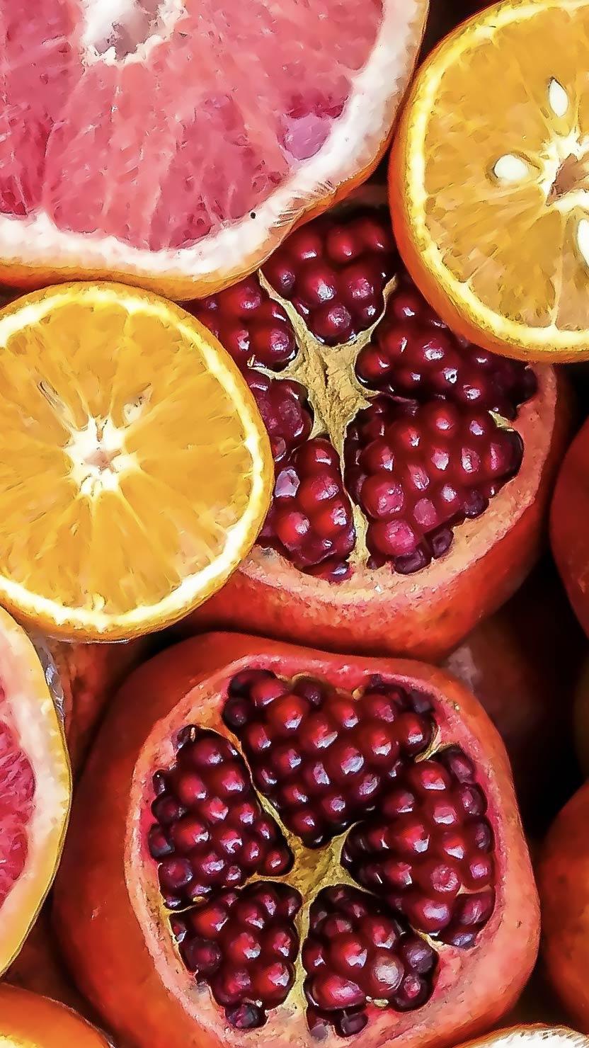 cut citrus fruits