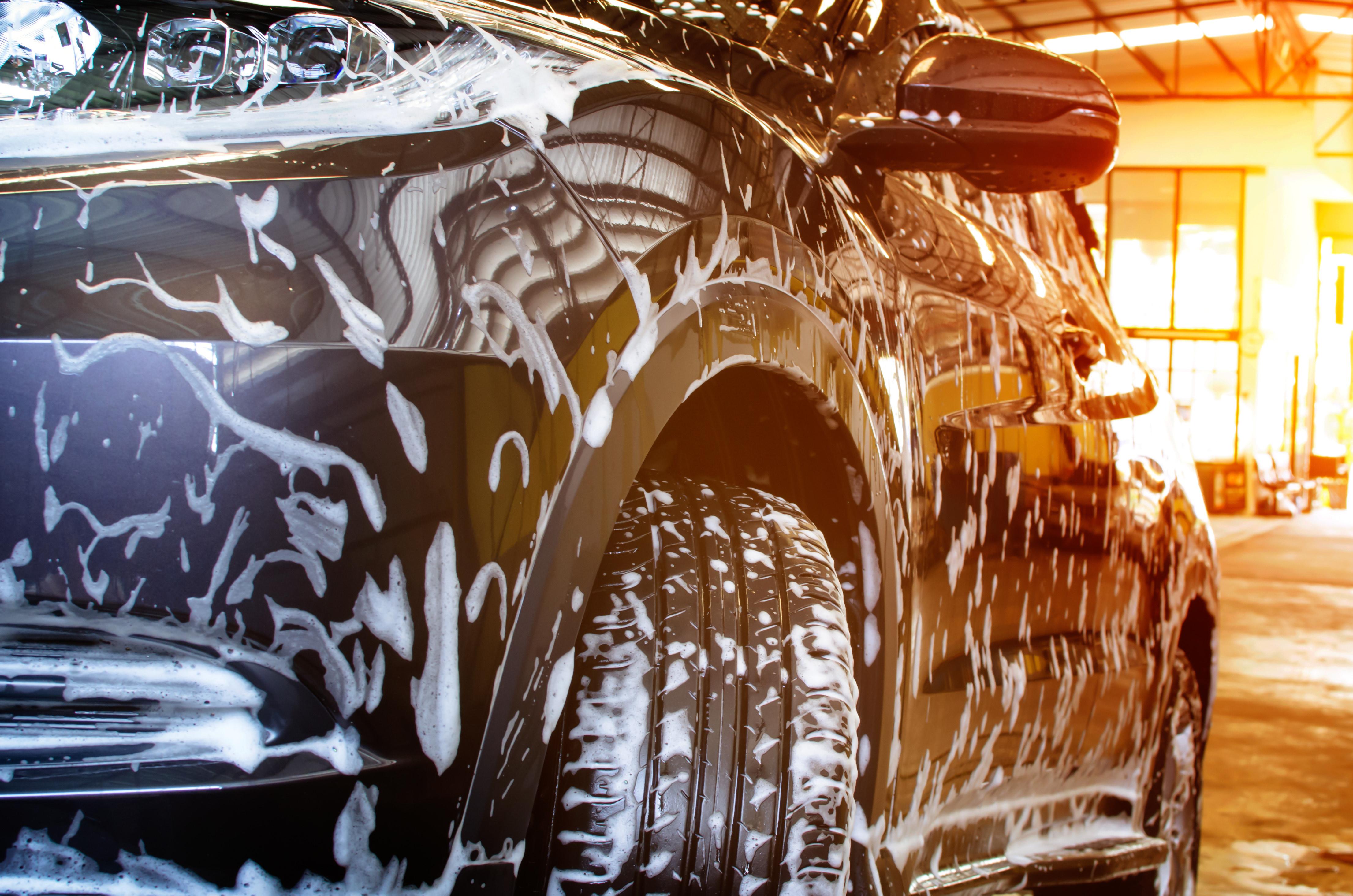 Zeit zum Putzen — Gebrauchtwagen und Neuwagen richtig sauber machen