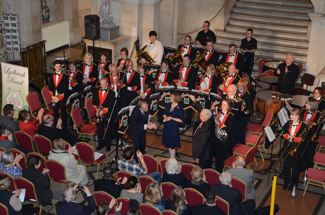 Silver Rose, Lydbrook Band, Robert Hardy CBE, Ian Holmes, Bristol Museum and Art Gallery, November 2014. Photo Mark Lythaby