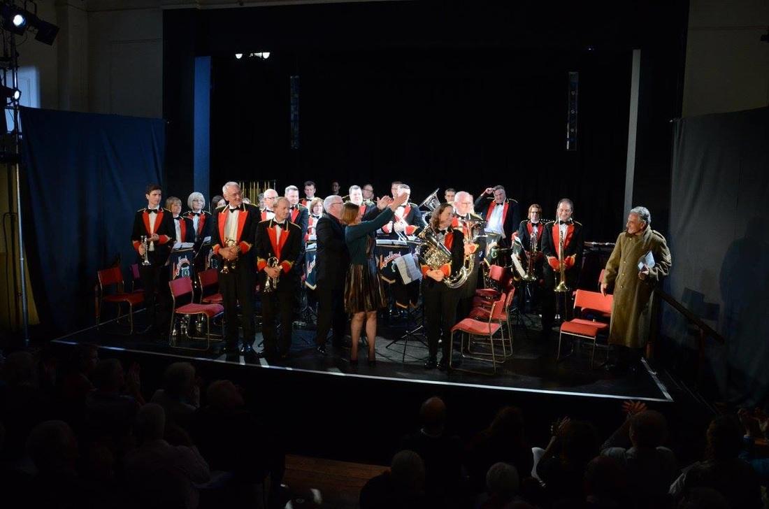 Silver Rose, Lydbrook Band, Henry Goodman, Ian Holmes, Aldeburgh Jubilee Hall, September 2015. Photo Mark Lythaby