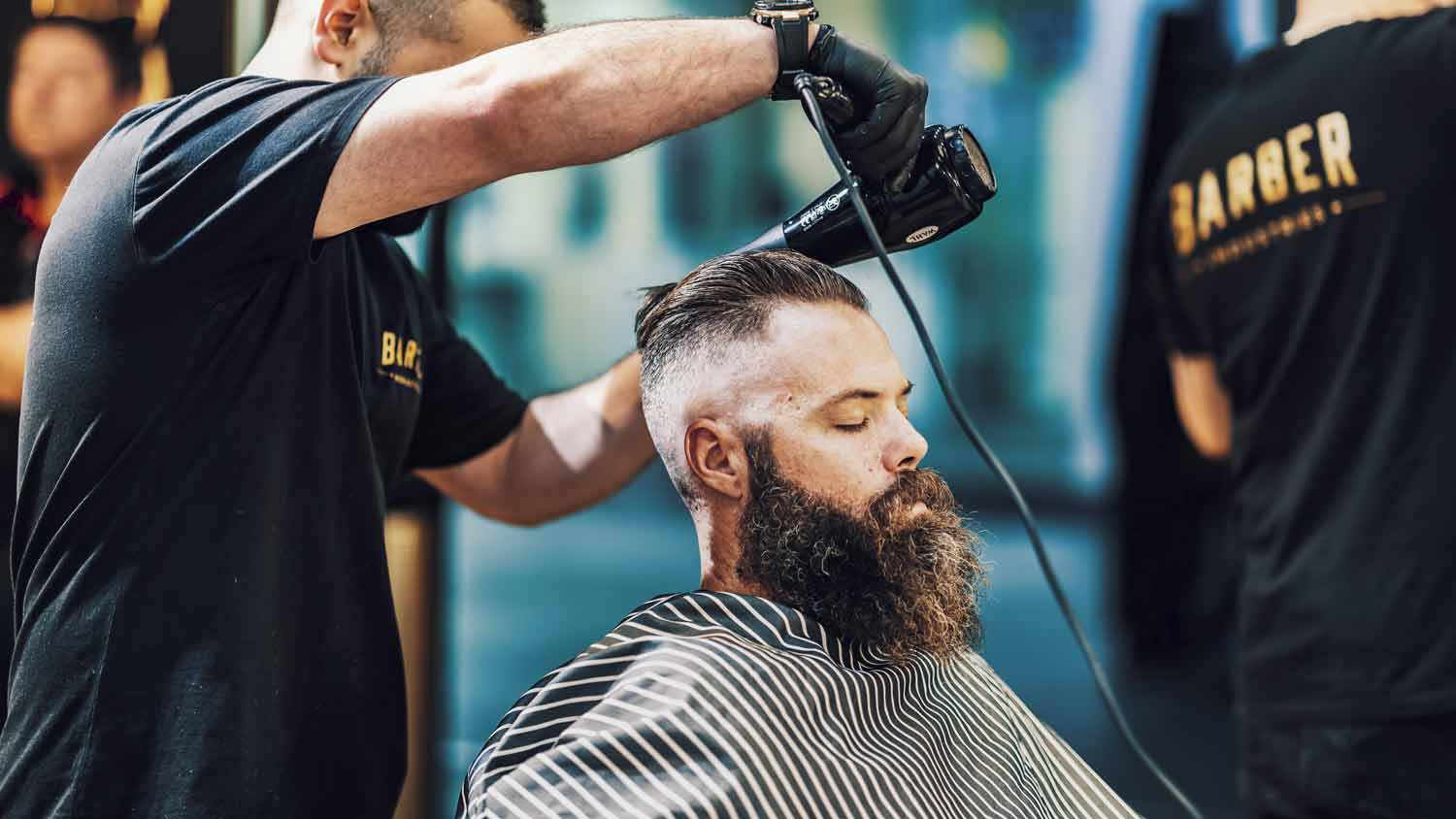 Barber Gives Haircut and Beard Treatment To man with Long Beard