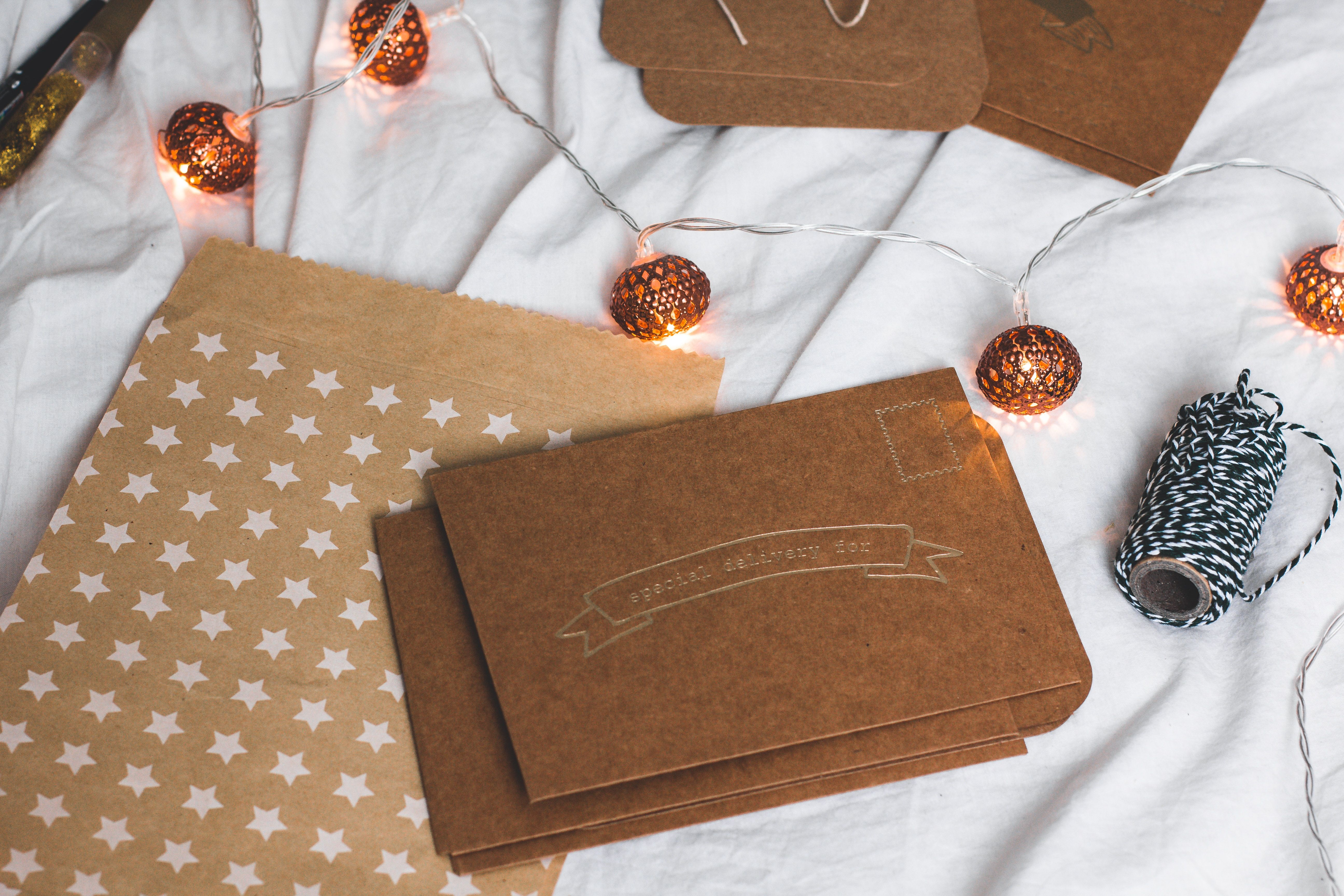 Play Up Your Holiday Photo Album with Gift Wrapping