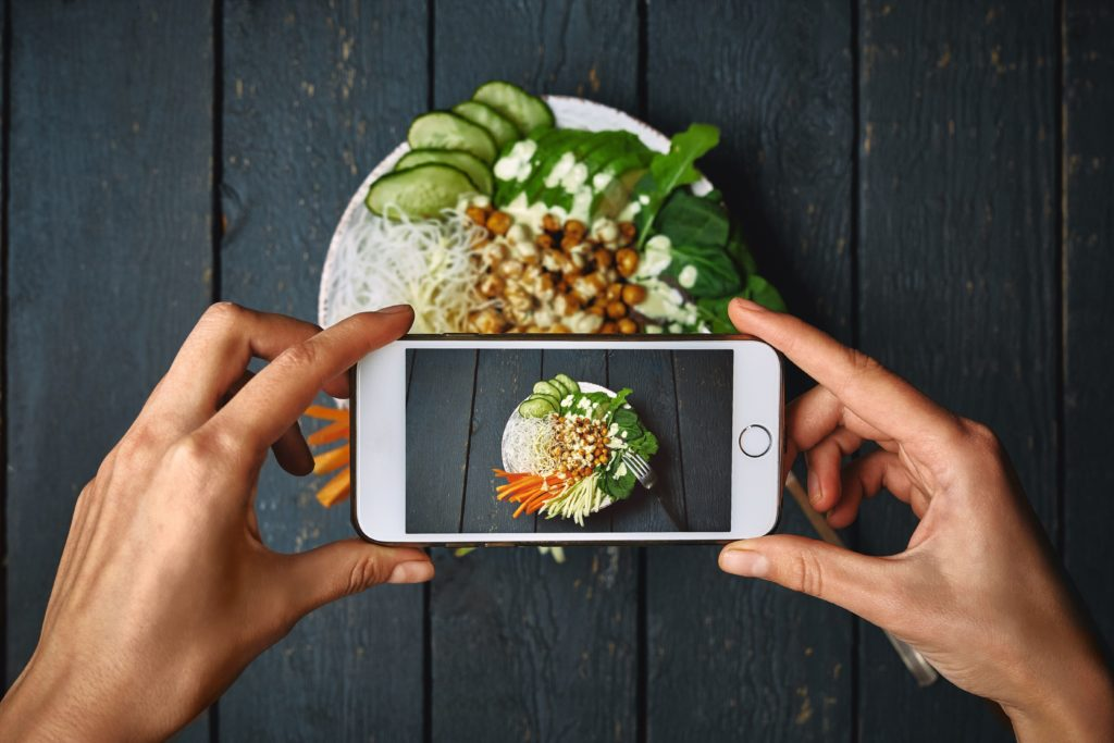 Get professional food photography shots using your iPhone
