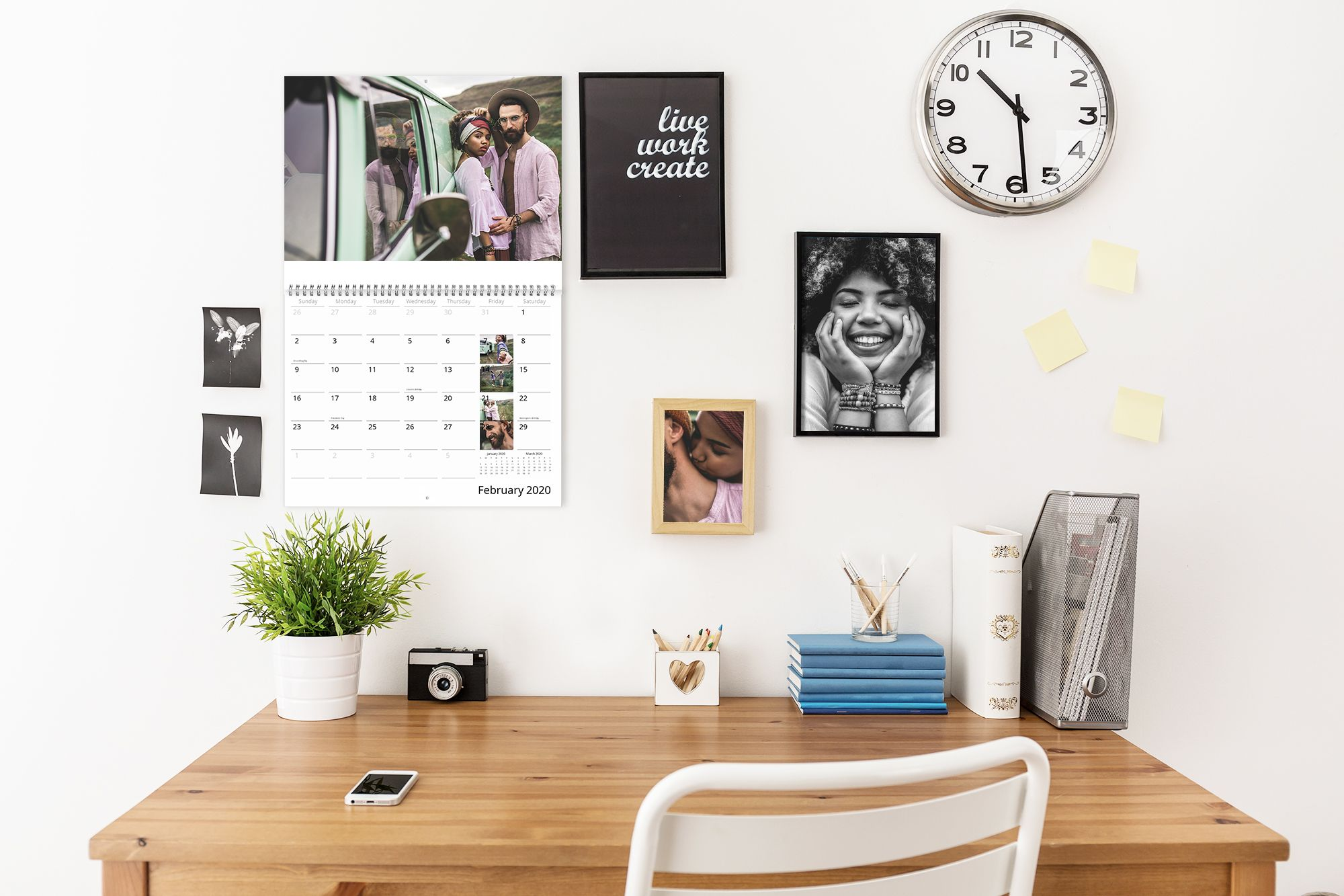 "Say ""I love you"" every week with a photo calendar as a gift"