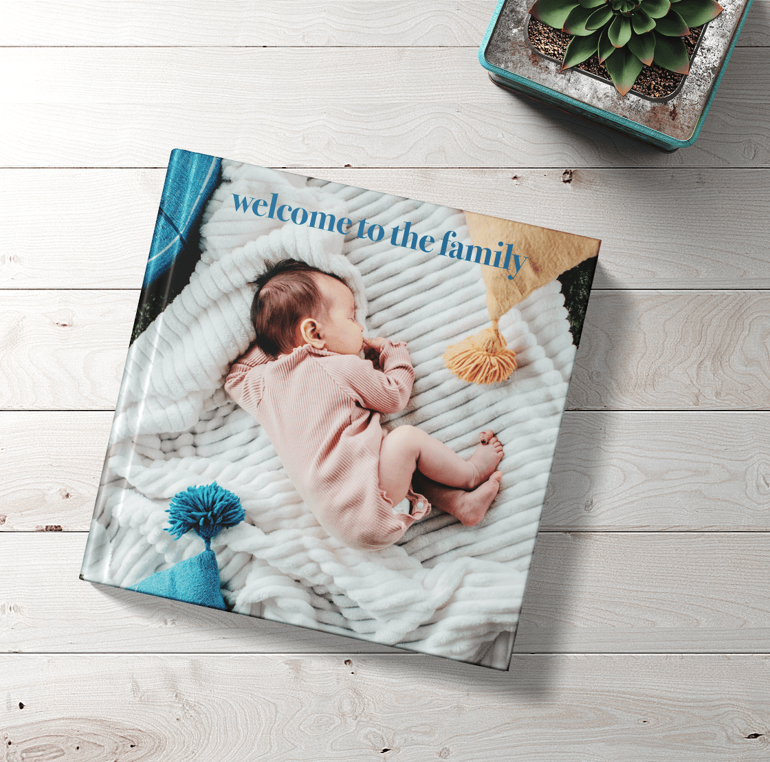 Introduce your newborn into the world with a custom photo book