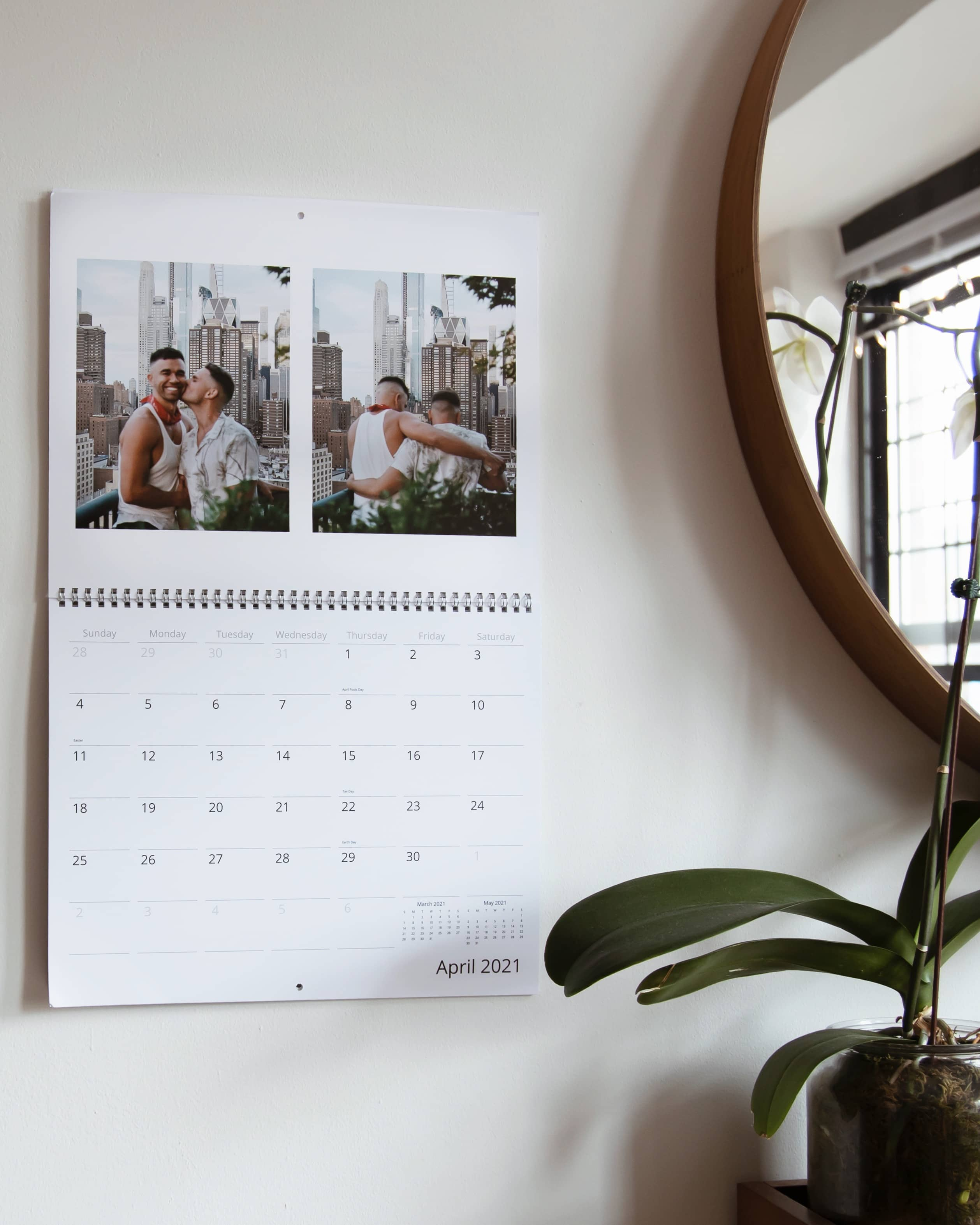 Make a custom photo calendar for 2021