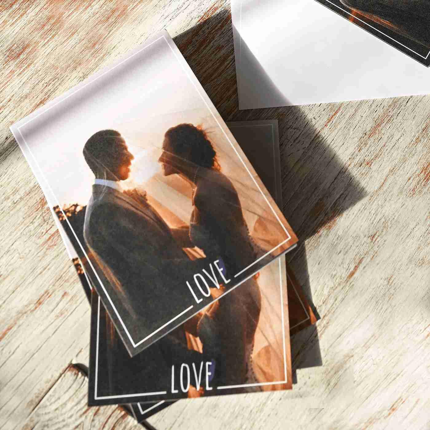 Use your wedding photos as thank you cards