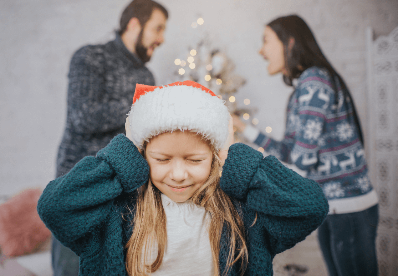 child with fighting parents at christmas