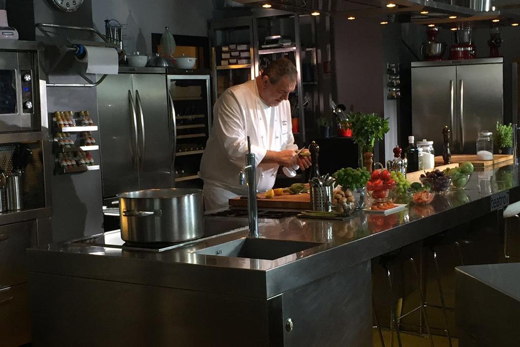Chef Vissani in cucina