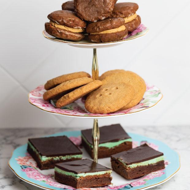DesignGood Sweet Bribery desserts