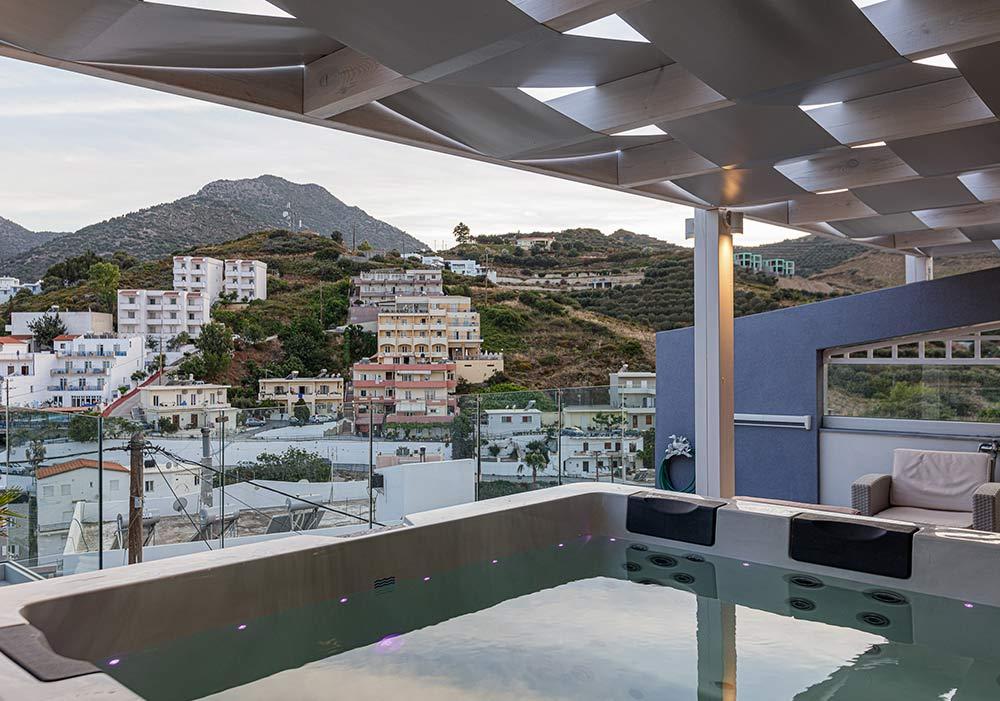 luxury suite 13