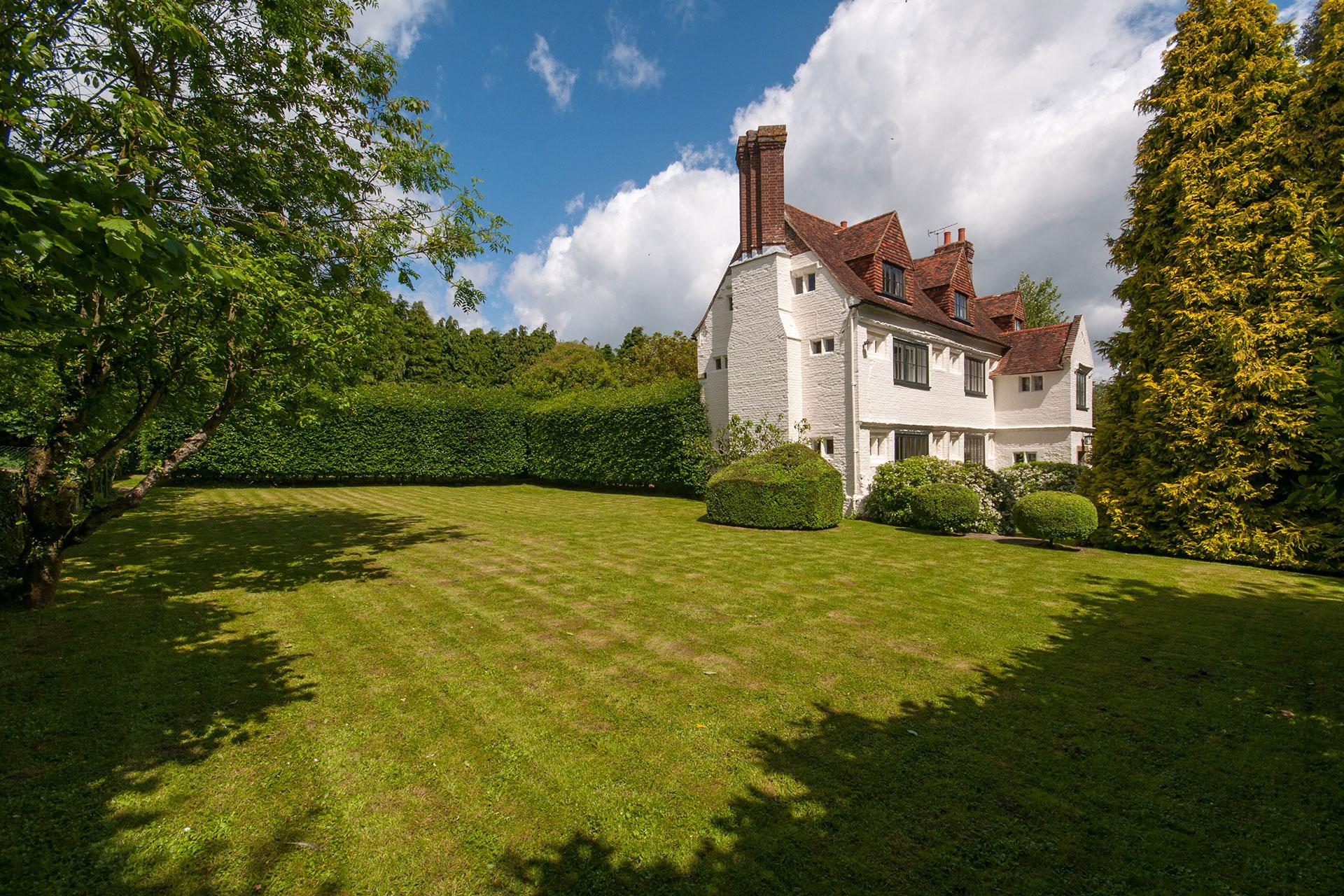 Snoad Street Manor, Throwley