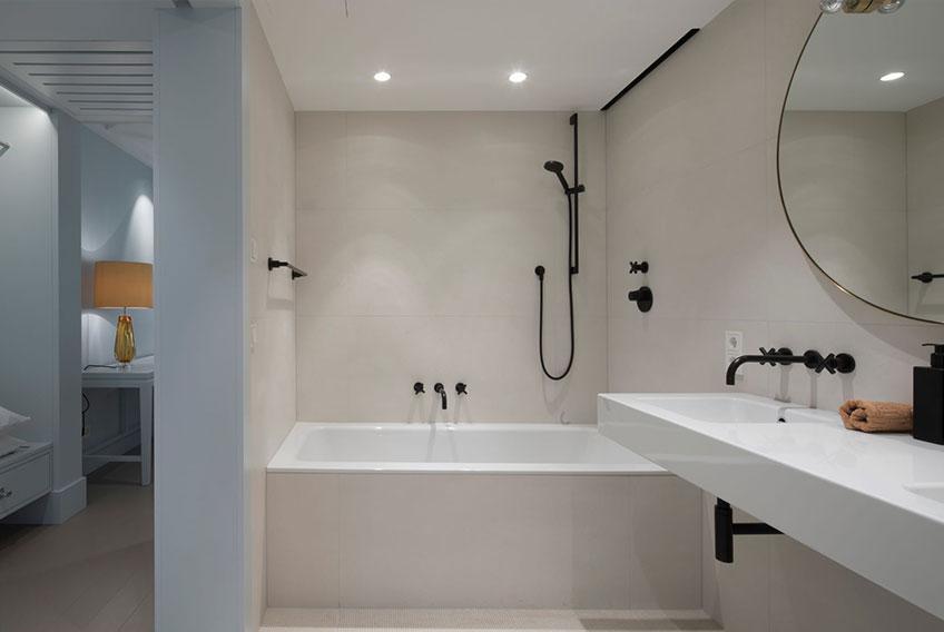 Bathroom Wiesnclub Hotel Augustin Munich