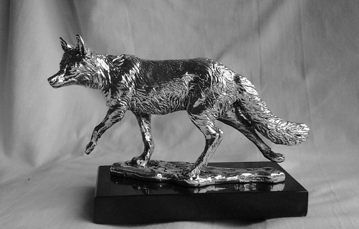 Stephen Winterburn, Silver Fox at Muse.The Sculpture Company