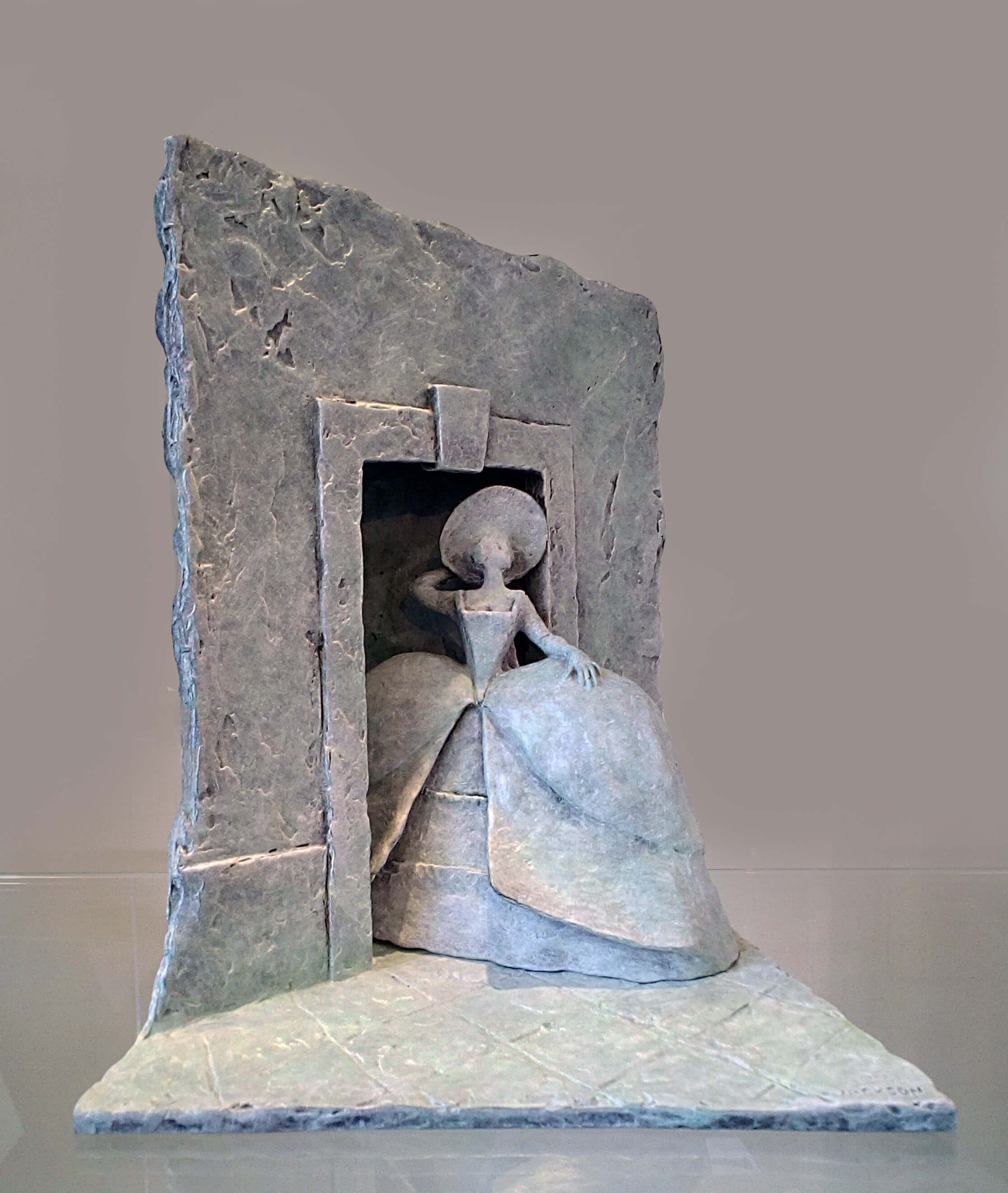 Cosi Fan Turri by Philip Jackson at Muse. The Sculpture Comoany