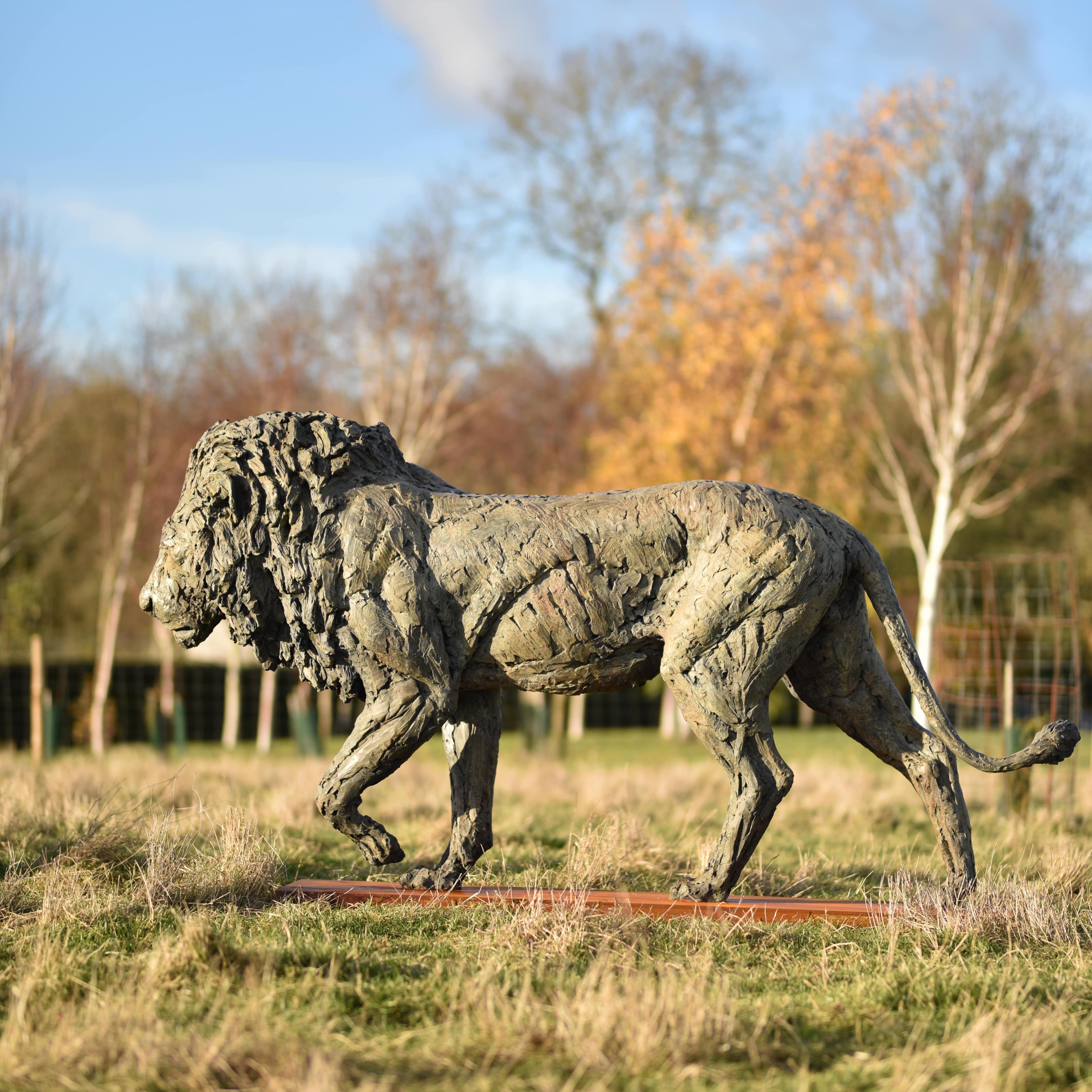 Lion by Hamish Mackie with Muse. The Sculpture Company