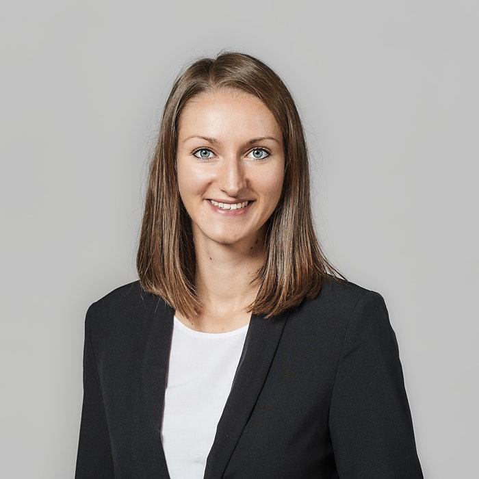 Christina Neumüller