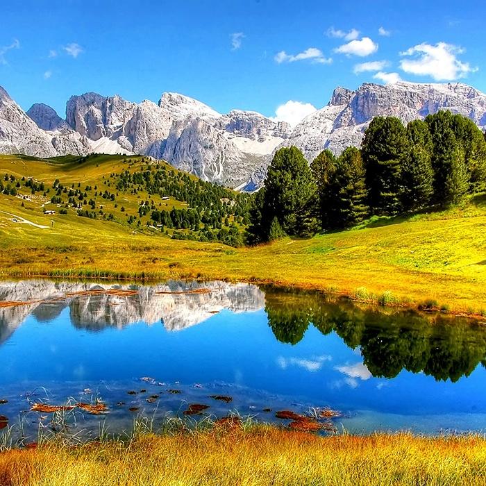 Landscape photograph JPEG example