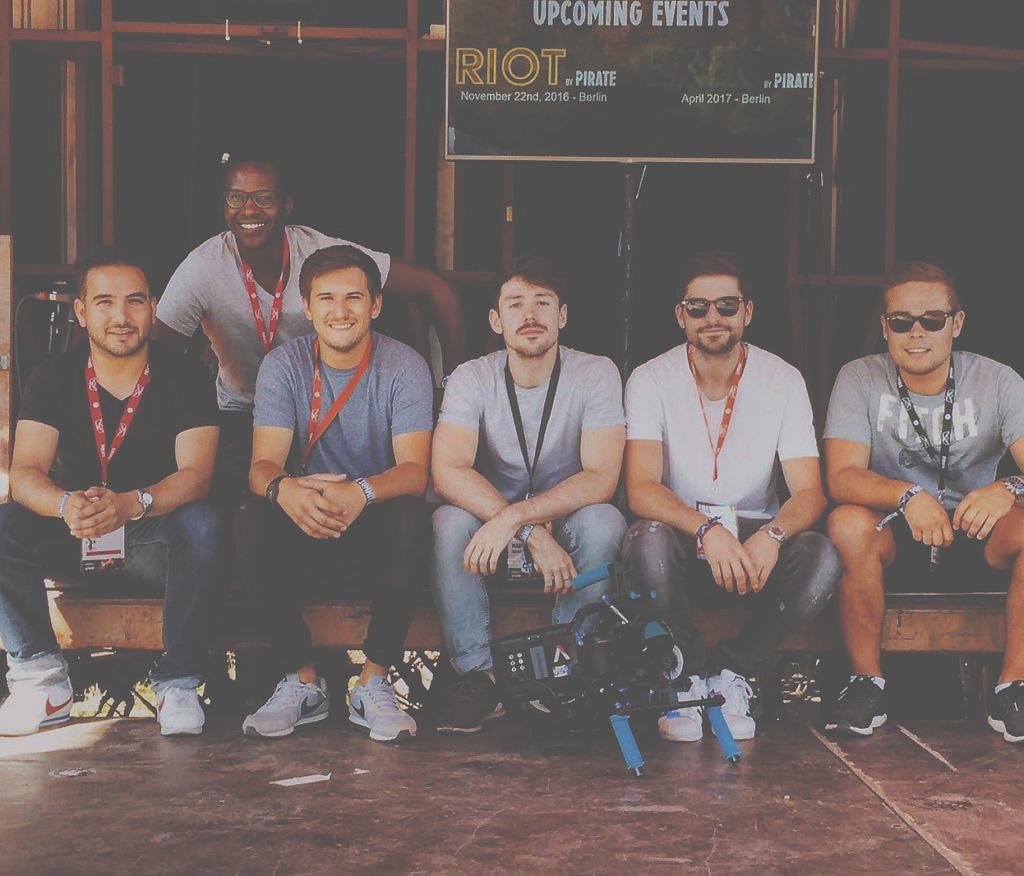 Gruppenfoto Teilnehmer Pirate Summit