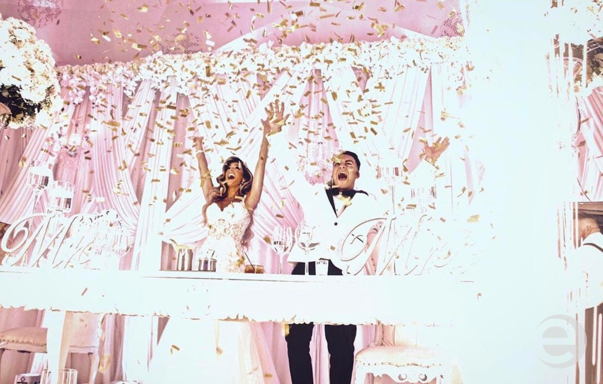 Bride and groom with confetti at Westmount Country Club wedding