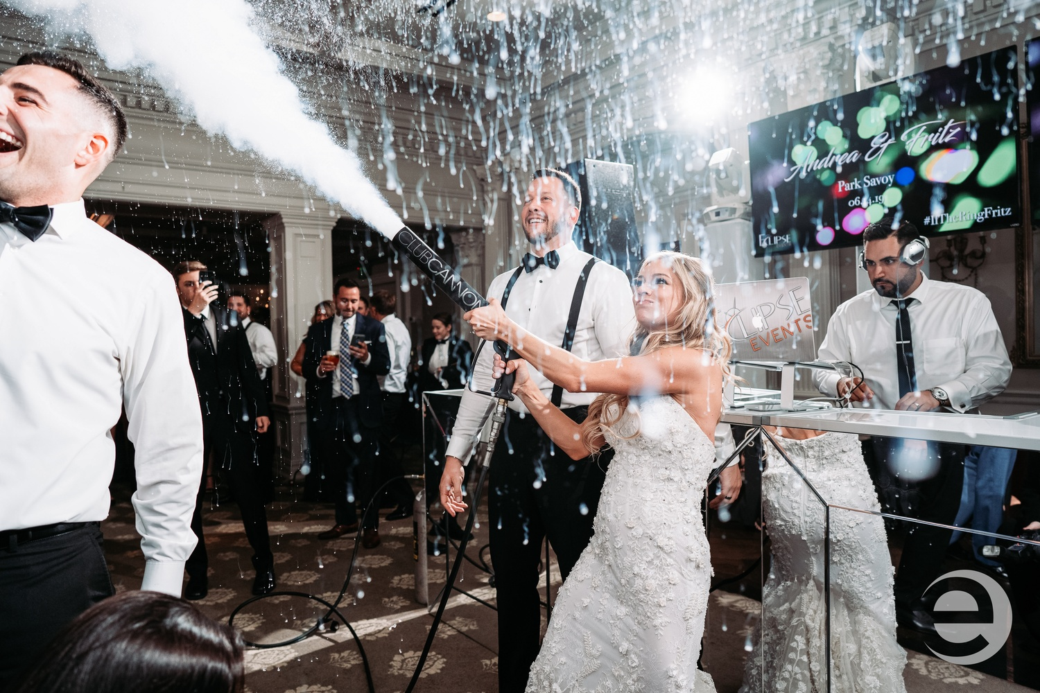 Couple with co2 dancing at Park Savoy NJ wedding