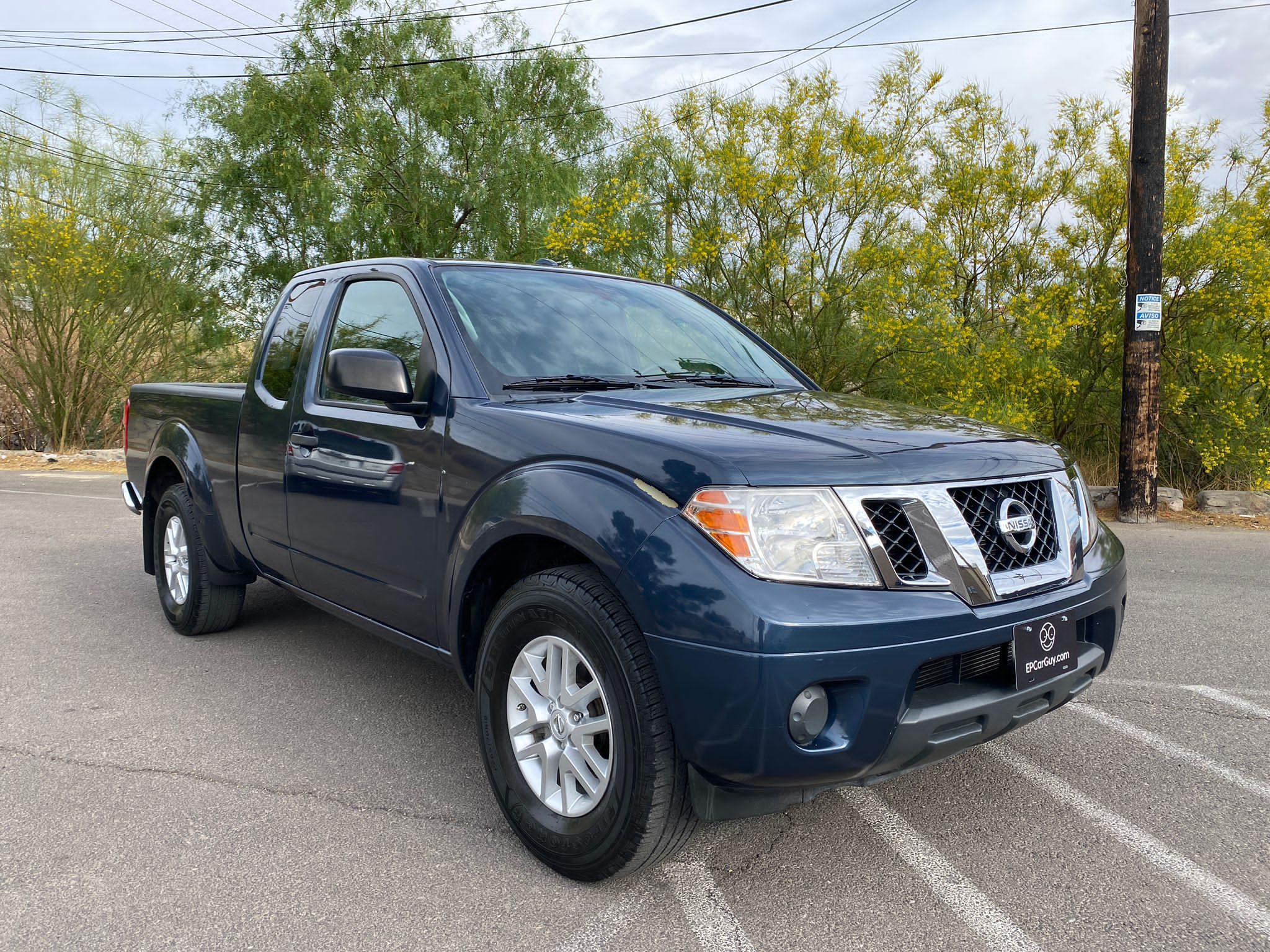 2017 NISSAN FRONTIER KING CAB SV