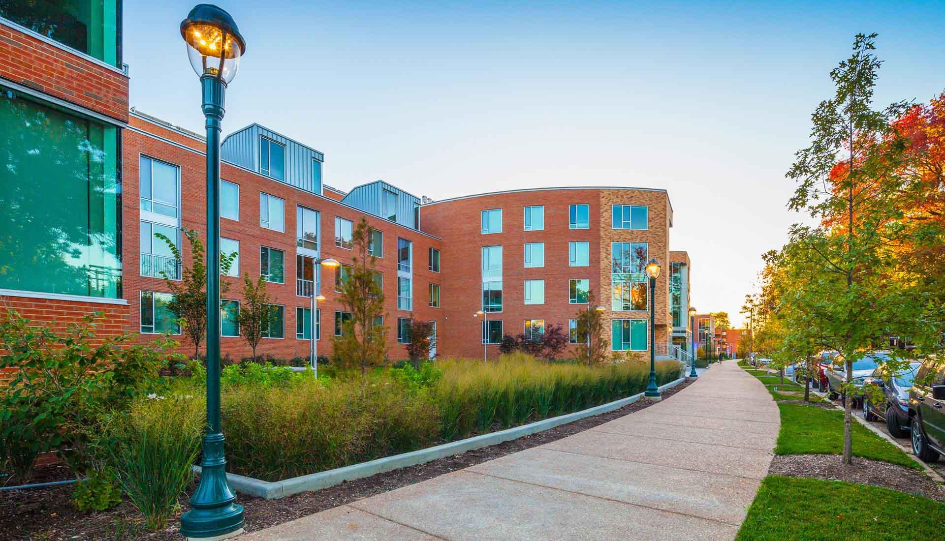 Arbolope Studio | Landscape Architects + Urban Designers | The Lofts of Washington University (Delmar Loop)