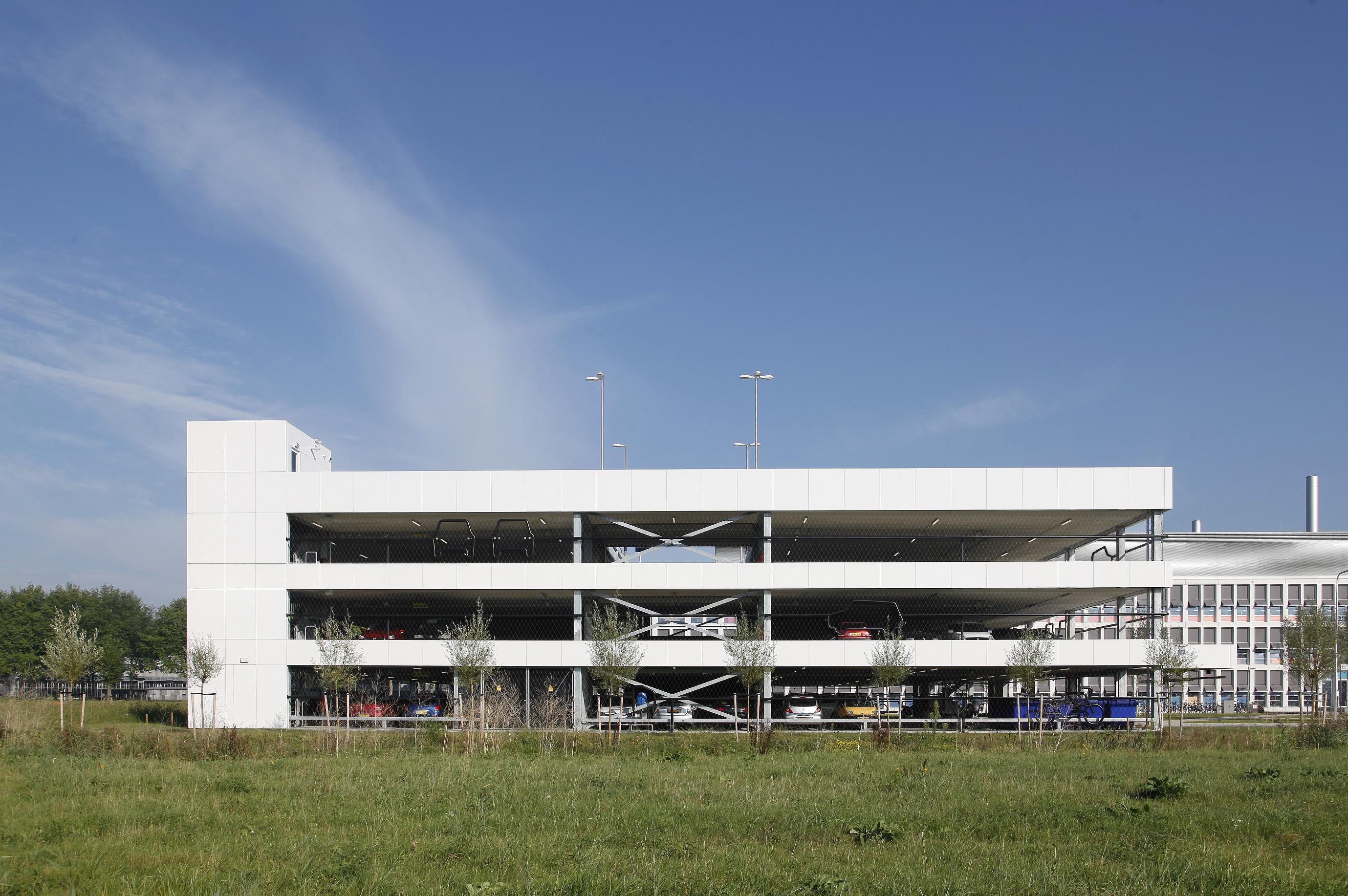 Technische Universiteit Delft