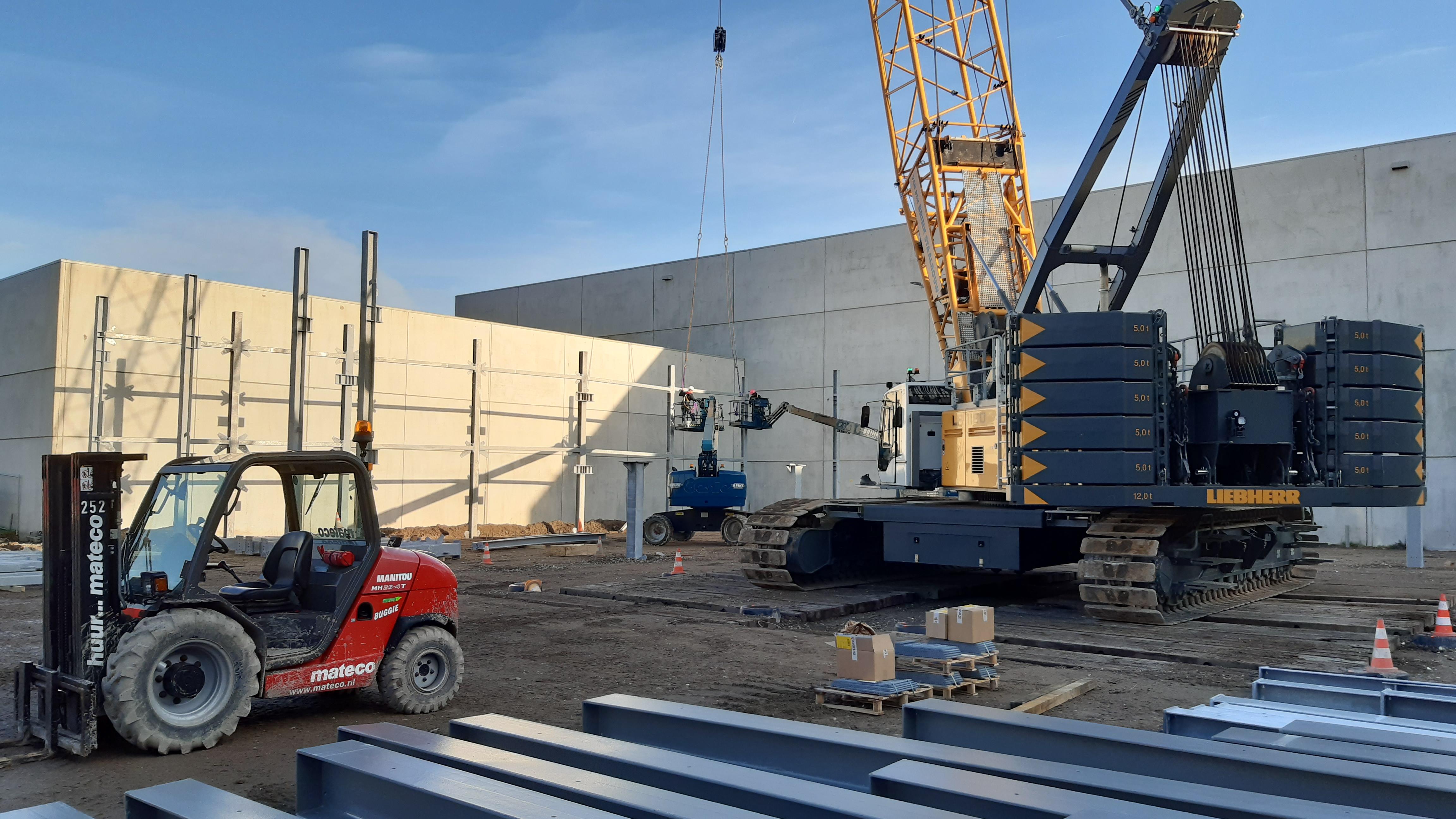 Voorspoedige bouw parkeergarage Schiphol Logistics Park