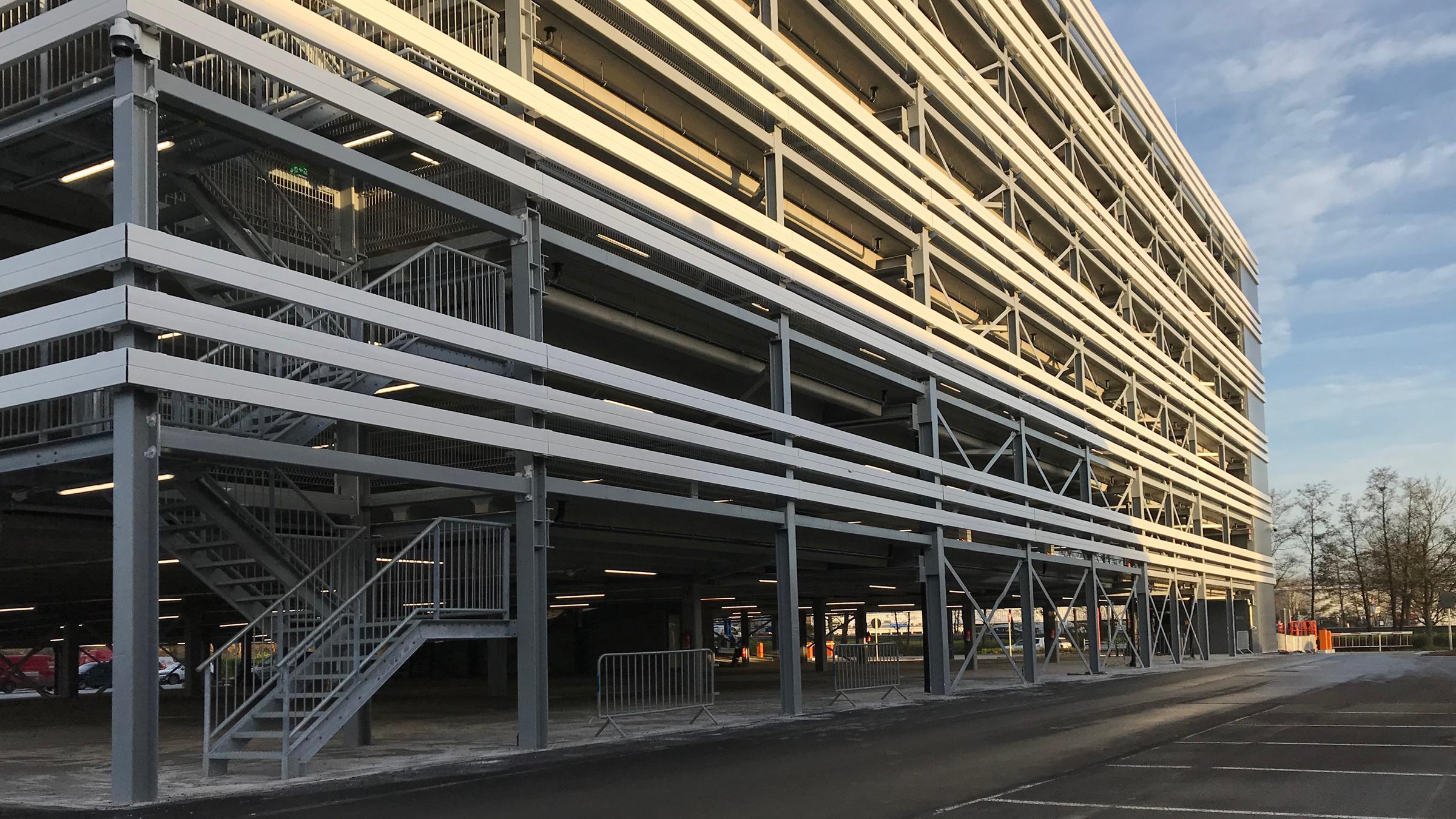 Modulaire parkeergarage België opgeleverd