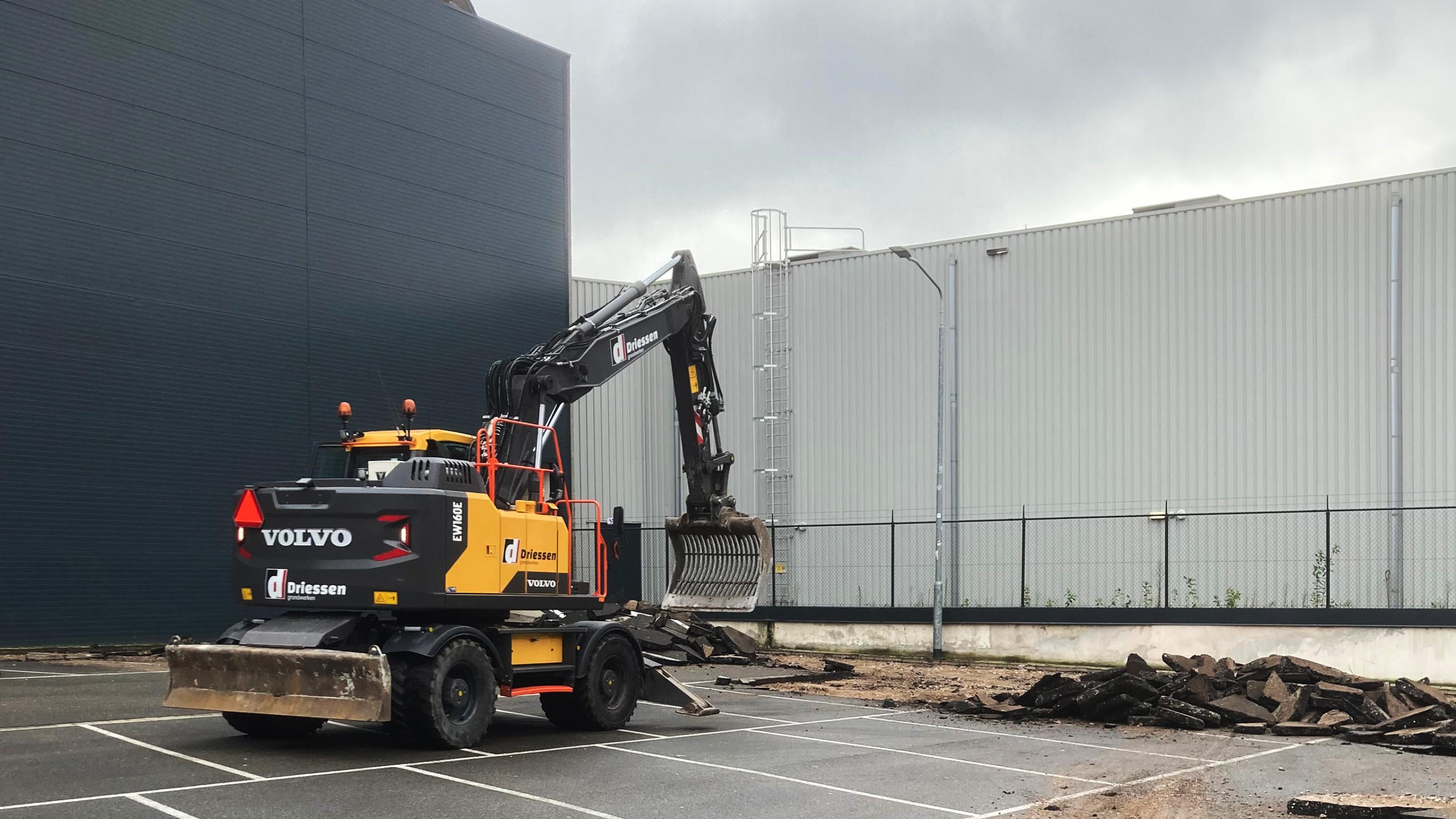 Bouw tijdelijke parkeergarage Arsenaal Venlo gestart