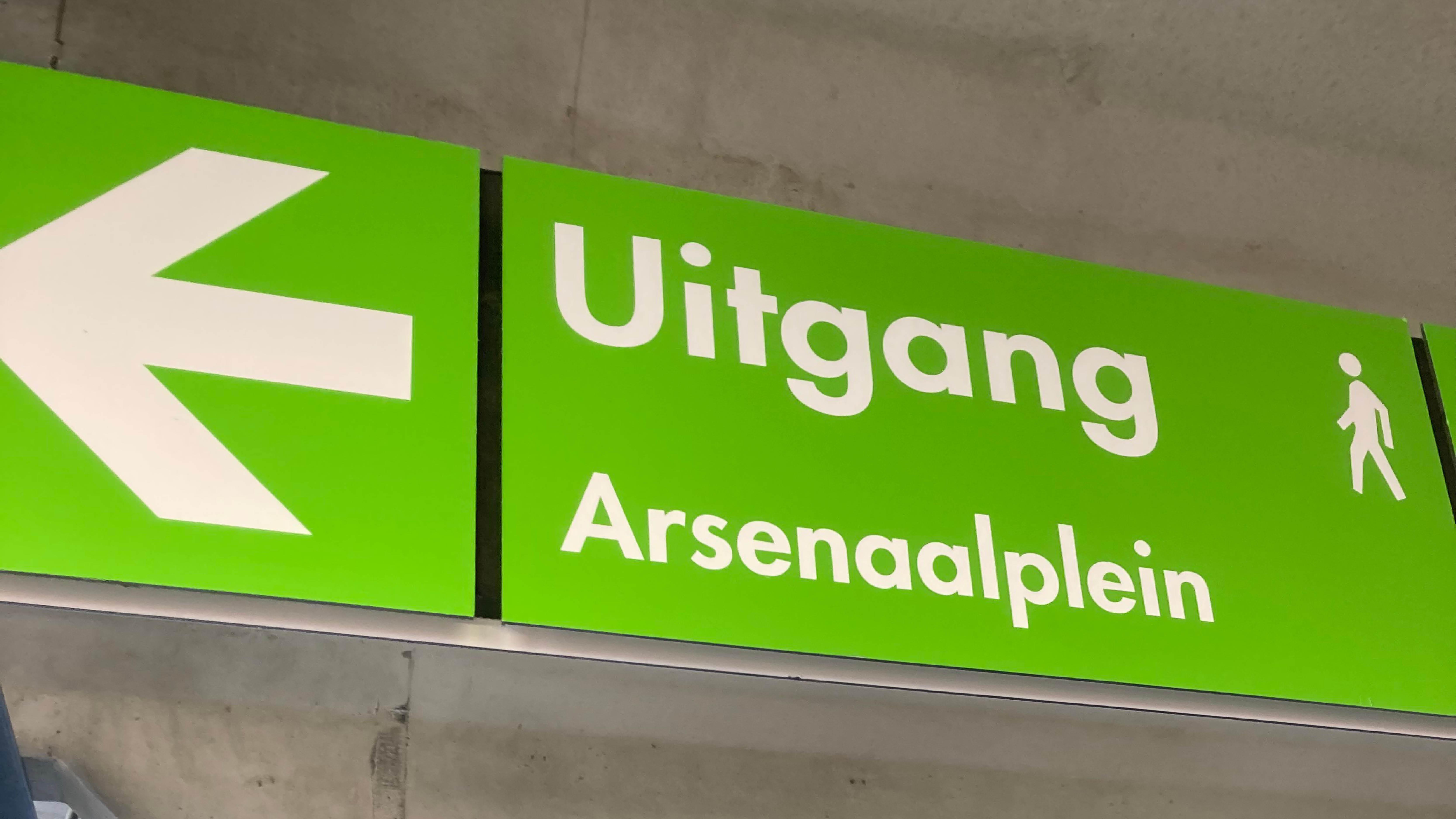 Tijdelijke parkeergarage Arsenaal Venlo geopend