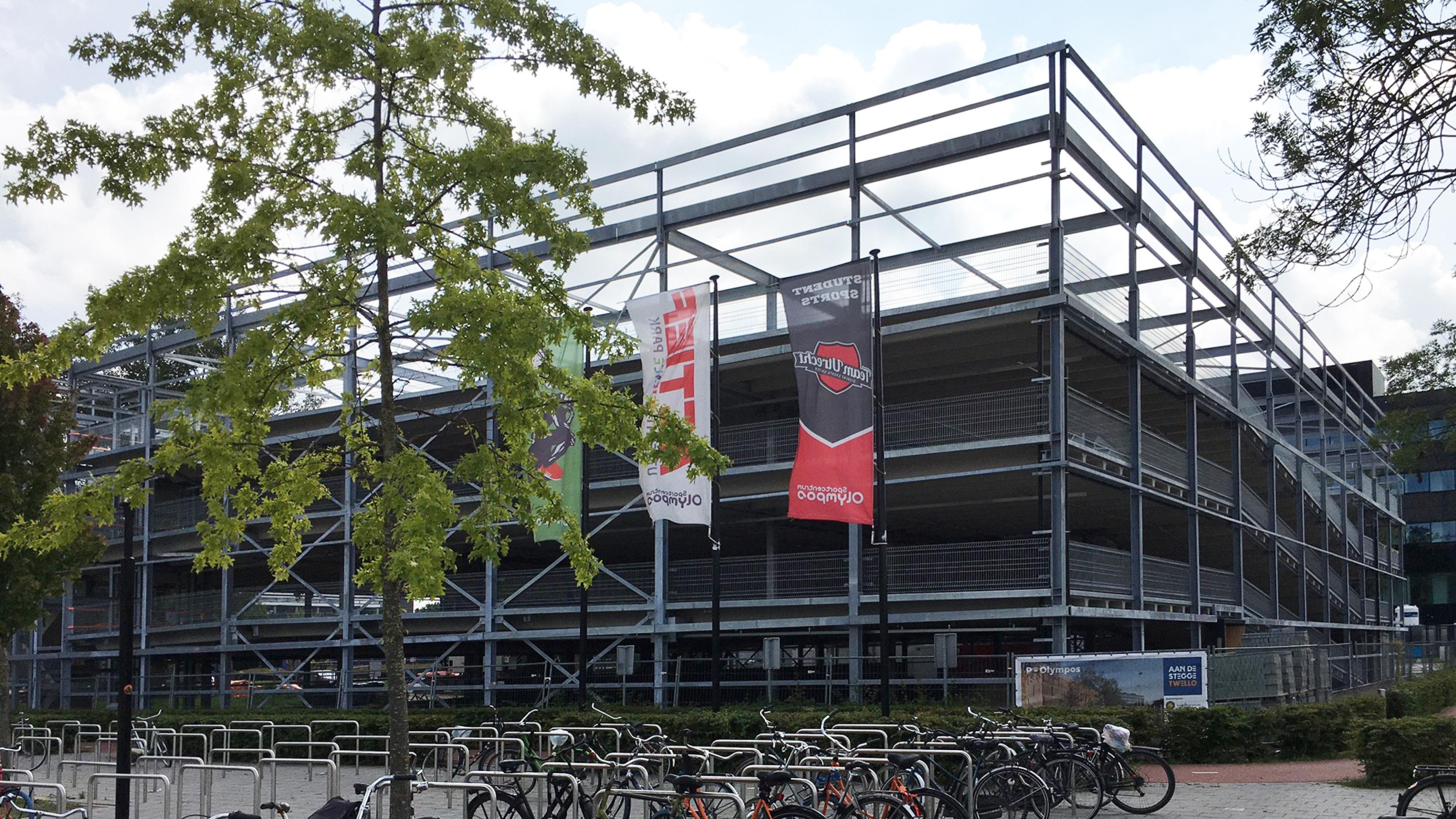 Unieke bouw energiepositieve parkeergarage Olympos Utrecht