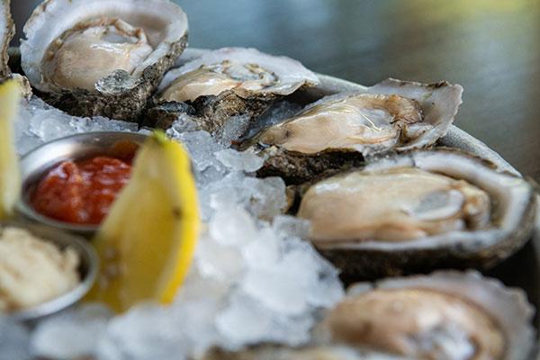f Coast Oysters