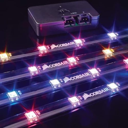 Cahaya dari LED Strip corsair