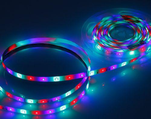 LED strip dengan nyala running dan berpola