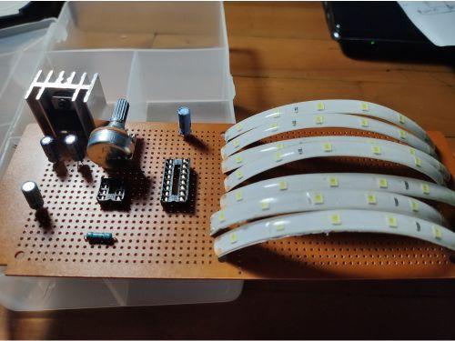 Memasang komponen pada board untuk running led strip